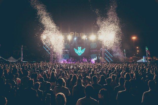 Depedro, We are Scientists, Carolina Durante, Locoplaya, Los Punsetes, Ángel Stanich, Arizona Baby, Delaporte son algunos de los artistas que foman parte del PHE Festival 2019 que tendrá lugar en Tenerife los días 23 y 24 de agosto. Phe Festival 2019