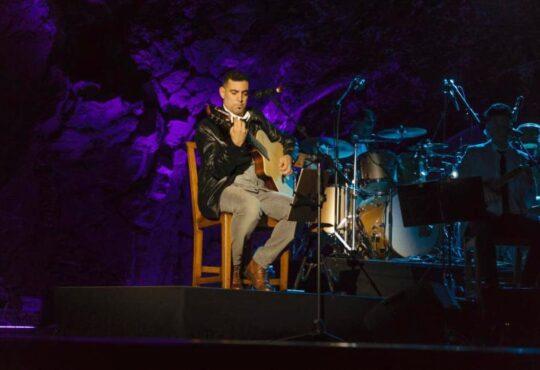 Juanma Padrón: Hemos intentado hilvanar una historia, a través de las vivencias de nuestros abuelos hasta la actualidad, con la música como hilo conductor