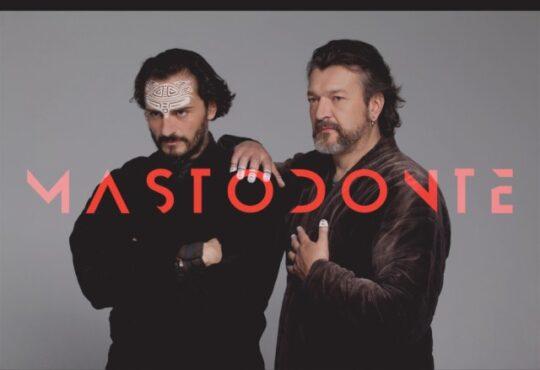 Mastodonte, el proyecto musical liderado por Asier Etxeandia y Enrico Barbaro llega a Lanzarote el 10 de enero.